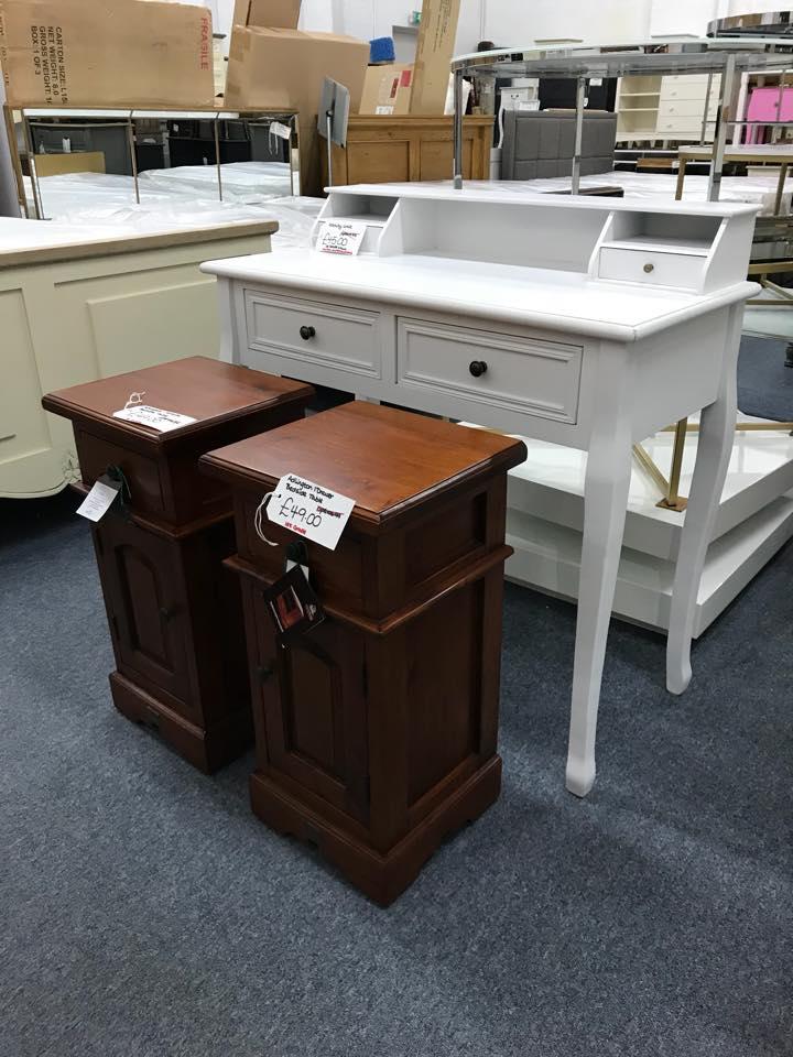 1 Drawer 1 Door Bedside Table
