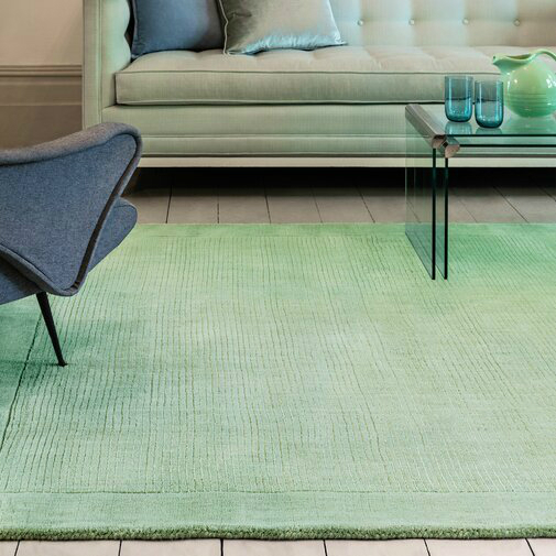 Hand Tufted Wool Mint Rug