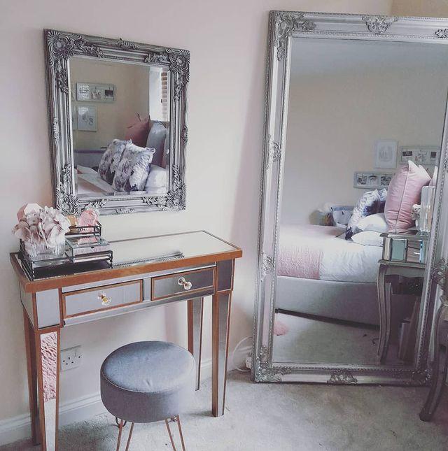 Mirrored Dressing Table inspo by prim_r05e