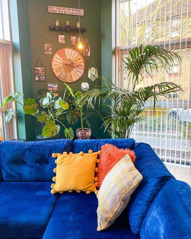 Living Room Corner Sofa inspo bythecatriorhome
