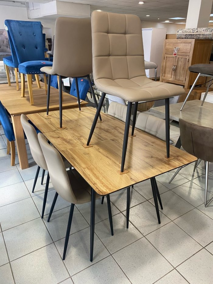 Verona Oak Extendable Dining Table & 6 Dining Chairs